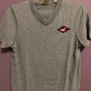 Hollister Co. T-shirt v neck